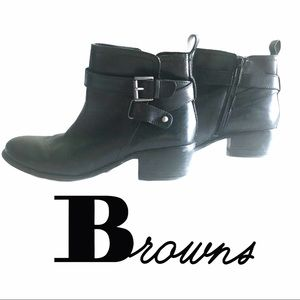 🍂BROWNS Black Ankle Booties with Buckle & Zip 🍁